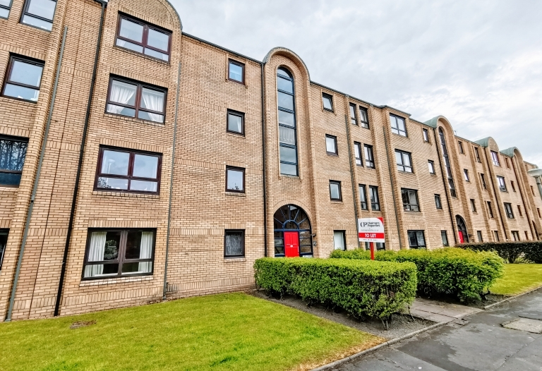Overnewton Square, West End, G3 8RW